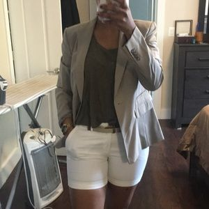 🌸Cream Ann Taylor blazer white shorts🌸